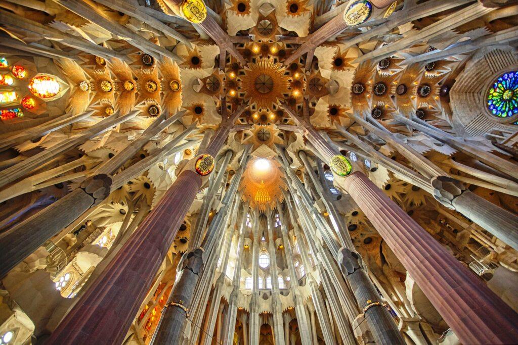 Антонио Гауди: загадочный гений Барселоны