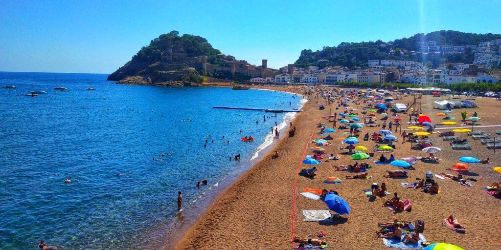 лучшие пляжи в Каталонии
