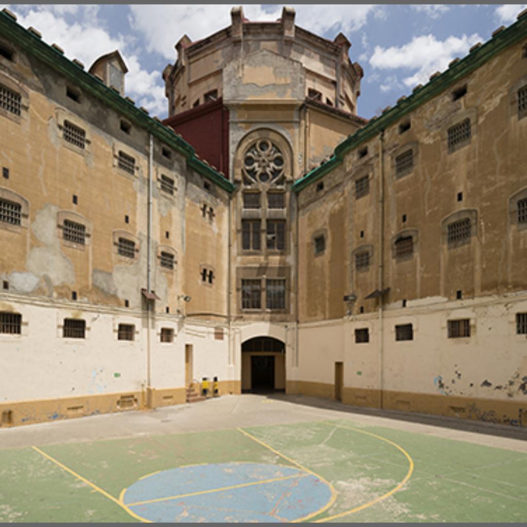 "Тюрьма ""El Modelo"" Барселоны"